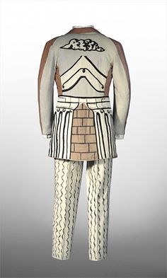 Suit by Giorgio de Chirico for Ballet Russe via V Museum. Theatre Costumes, Ballet Costumes, Dance Costumes, Fashion Art, Vintage Fashion, Fashion Design, Mode Bizarre, Costume Design, Russian Ballet