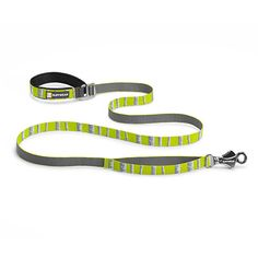 Flat Out™ Leash hand-held, waist-worn The Ruffwear Flat Out™ Leash is our everyday leash that can be hand-held or waist-worn. Outdoor inspired patterns connect you with your favorite wild spaces. The