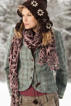 Container - love this outfit! Take me to a colder climate now please!