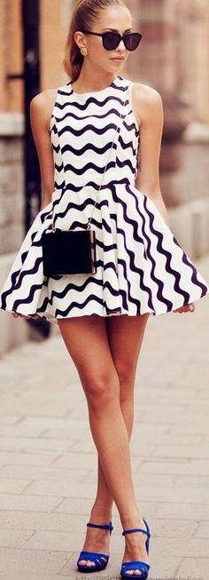 modaeelegancia: vestido  com saia godé
