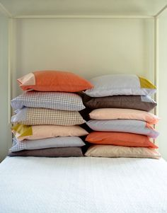 Corinne's Thread: Pillowcases for EveryBed - The Purl Bee - Knitting Crochet Sewing Embroidery Crafts Patterns and Ideas!
