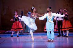 Michaela DePrince and Andile Ndlovu in LE CORSAIRE South African Mzansi Ballet 2012. Photo Susanne Holbaek.
