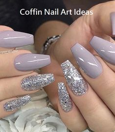 There are three kinds of fake nails which all come from the family of plastics. Acrylic nails are a liquid and powder mix. They are mixed in front of you and then they are brushed onto your nails and shaped. These nails are air dried. Prom Nails, Long Nails, My Nails, Short Nails, Wedding Nails, Wedding Art, Nails 2018, Bridal Nails, Wedding Simple