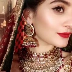 The gorgeous beautifuly adorning for her upcoming drama serial. Pakistani Jewelry, Aiman Khan, Stylish Dresses For Girls, Cute Girl Photo, Pakistani Actress, Bride Look, Bridal Makeup, Beautiful Bride, Makeup Inspiration