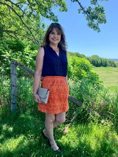 How to style one item differently for both day and night activities Fashion Over Fifty, Fifties Fashion, Photos Of Women, Style Summer, Mom Blogs, Fashion Photo, Lifestyle Blog, Lace Skirt, Arts And Crafts
