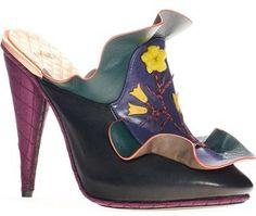 bfdf1c8ff Fendi 'Embroidered Waves' Mule (Women) Mulas E Tamancos Femininos, Sapatos  Mulas