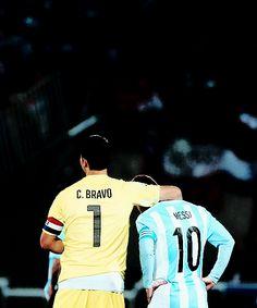 Capitán Bravo -Chile- & Capitán Messi -Argentina- Dos blaugranas   Copa América 2015