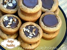 Fudge Puddle Cookies AKA Puddles of Yum. Peanut butter cookies with a chocolate and butterscotch center. #cookies