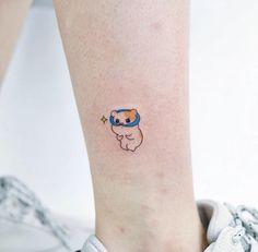 28 small tattoo ideas from studio by sol tattoos милые тату, Pretty Tattoos, Unique Tattoos, Beautiful Tattoos, Mini Tattoos, Small Tattoos, Form Tattoo, Shape Tattoo, Finger Tattoos, Body Art Tattoos