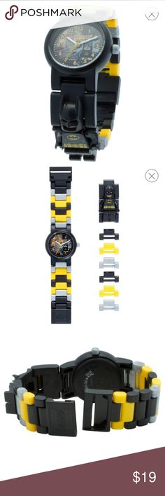 LEGO® Batman Movie Batman Watch with minifigure LEGO® Batman Movie Batman Watch with minifigure Link - Black&Yellow Display type: Analogue Movement: Japanese Quartz Manufacturer's warranty: 2 years Battery type: 1x SR626SW (Seizaiken) Age: 6+ Safety: PVC free, conforms with relevant EU and US safety standards Water resistancy: 50m/165ft Lens: Scratch resistant acrylic lens If you've run out of space on your utility belt, the LEGO Wristwatch is for you. Make sure you're on time for the airing…
