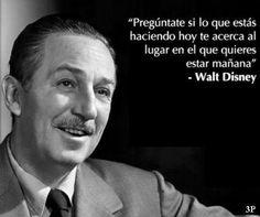 ¿Lo está haciendo? #Cita Walt #Disney http://rubendelaosa.com