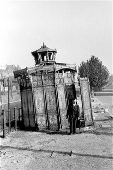 Berlin: Toilettenhaus Hallesches Tor (1950)