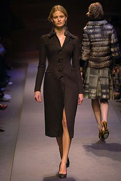 Prada Fall 2004 Ready-to-Wear Collection on Style.com: Complete Collection