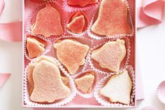 Martha Stewart's sugar-cookie bell cutouts - used as bass recipe for cookies - didn't chill pastry for as long and only 9 min to bake Sugar Cookies Recipe, Cupcake Cookies, Cookie Recipes, Bar Cookies, Martha Stewart Sugar Cookies, Xmas Food, Biscuit Cookies, Love Eat, Sweet Recipes