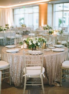 Glamorous Gold and White California Wedding on New Years Eve Featured Photographer: Michelle Beller New Years Wedding, New Years Eve Weddings, Wedding Tips, Wedding Events, Destination Wedding, Dream Wedding, Wedding Posing, Budget Wedding, Wedding Reception Seating
