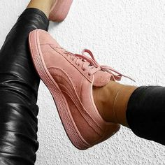 Sneakers femme - Puma suede by @blvckd0pe                                                                                                                                                                                 More