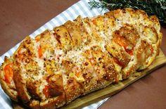 Πεντανόστιμο ψωμί γεμιστό με μοτσαρέλα και ζαμπόν! Appetisers, Antipasto, Original Recipe, Fett, Italian Recipes, Banana Bread, Food To Make, Food And Drink, Cooking Recipes
