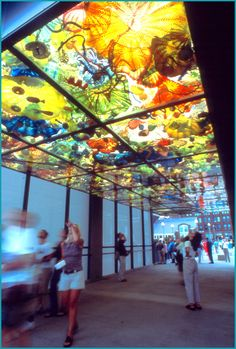 dave chiculy  | Chihuly Bridge of Glass « The Solutia World of Color Awards ...