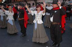 Buenos Aires Tourism Website Uruguay Tourism, Tourism Website, Gaucho, Travelling, Ideas, Folklore, Vestidos, Ethnic Dress, Dancing Girls