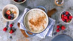 Dynegrøt - Oppskrift fra TINE Kjøkken Frisk, Hummus, Tin, Oatmeal, Pudding, Breakfast, Ethnic Recipes, Desserts, Food