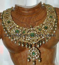 pearls-drops-heavy-bridal-set.jpg (480×530)