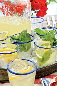 Refreshing Teas and Non-Alcoholic Sippers: Lemon-Mint Sparklers