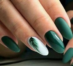 September Nail Colors / Gorgeous & Cutie Gel Manicure Creative Nail Designs for Short Nails to Create Unique Styles. Dark Green Nails, White Gel Nails, Green Nail Art, Black Nails, Dark Nail Art, Yellow Nails, Acrylic Nail Designs, Nail Art Designs, Acrylic Nails