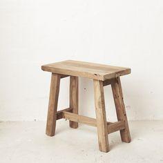 Oak Bench, Rustic Bench, Custom Made Furniture, Furniture Making, Cowhide Ottoman, Wood Pendant Light, Teak Coffee Table, Hanging Table, Grain Texture