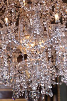 crystals shimmer