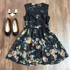 Combo do dia: Vestido Florescer, Colar Pontas de Estrelas e Sapatilha Nuvem. Fashion Wear, Girl Fashion, Fashion Looks, Fashion Outfits, Pretty Dresses, Beautiful Dresses, Dress Outfits, Dress Up, Well Dressed