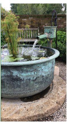Diy Water Fountain, Diy Garden Fountains, Indoor Water Fountains, Water Garden, Fountain Head, Patio Fountain, Small Garden With Fountain, Front Yard Fountains, Outside Fountains