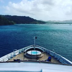 A perfect day in Panama. Beautiful photo by @SarahBethsWorld. #WindstarCruises #Panama #Yacht #Cruise #Travel #Tropics #Ocean <3-3>