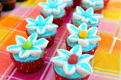 Duncan Hines Frosting Creations Easter Cupcakes