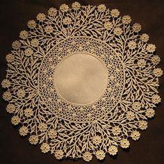 http://italian-needlework.blogspot.com/2010_03_01_archive.html