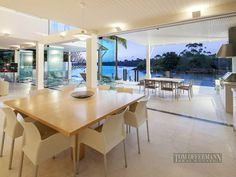 Amazing Home: Waterfront Modern Villa For Perfect Summer, Noosa Heads, Australia Small Places, Celebrity Houses, Pent House, Living Room Decor, Living Rooms, Modern Interior, Home Goods, Villa, Dining Table