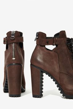Dolce Vita Daytona Leather Booties//