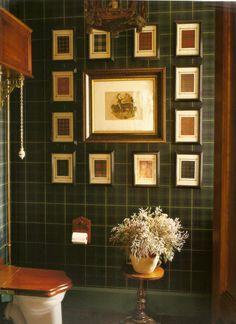 Tartan / plaid bathroom Denton & Gardner plaid graphs on plaid wallpaper English Country Style, French Country Living Room, National Tartan Day, Scottish Decor, Irish Decor, Scottish Plaid, Tartan Wallpaper, Dark Wallpaper, Country Decor