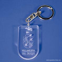 Llavero de metacrilato del escudo de Villanueva del Duque #ValleDeLosPedroches    http://delospedroches.es/es/metacrilato/180-llavero-metacrilato-escudo-ll105.html