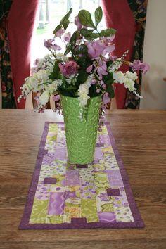 DIY Spring Table Runner