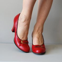 red 1950s shoes / vintage 50s shoes / Sing It Back heels -- highly appropriate shoes! great height of heel and super cute, sturdy, and probably fairly comfy