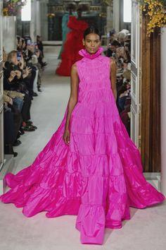 Valentino Spring Summer 2019 Haute Couture Collection – Paris Haute  Couture deb63e9873