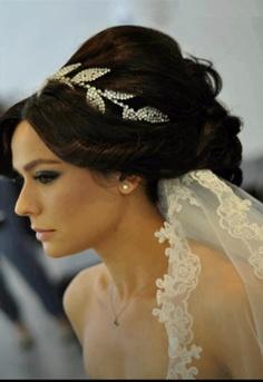 Love the tiara !