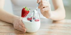 the most health benefits of yogurt probiotics. These healthy bacteria help promote a healthy gut. Eat yogurt and get healthy Probiotic Foods, Fermented Foods, 200 Calories, Diet And Nutrition, Muscle Nutrition, Nutrition Classes, Most Filling Foods, Yogurt Benefits, Healthy Yogurt
