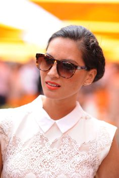 Olivia Munn - embellished blouse. I like the collar. The overall look with her hair pulled back, and a classic look is nice.
