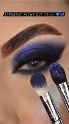 Prom Eye Makeup, Eye Makeup Steps, Makeup Eye Looks, Eye Makeup Art, Skin Makeup, Eyeshadow Makeup, Makeup Cosmetics, Indian Eye Makeup, Creative Eye Makeup