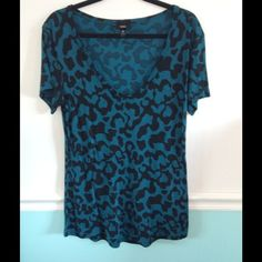 Mossimo Long Top in Teal & Black Animal Print Mossimo teal printed top. Stretchy dressy fabric. Hold shape well. Does not fade. Bright and dark. Deep v-neck. I wore over cami but you would not need to. Looks new. Mossimo Supply Co Tops Tees - Short Sleeve