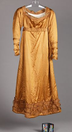 Woman's Dress, Unknown, England, circa Costumes, Silk satin with silk and linen gauze. Victorian Era Dresses, Victorian Fashion, Vintage Fashion, Historical Costume, Historical Clothing, Regency Gown, Period Outfit, Vintage Outfits, Vintage Clothing