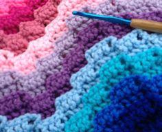 Rainbow Wave Crochet Afghan: free #crochet pattern