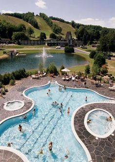 44 Midwest Resorts We Love  Our favorite Midwest resort destinations range from cozy lakeside lodges to indoor water park behemoths. Dive in to check out our top picks.