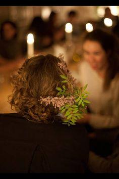 kinfolk, flowers in girls hair